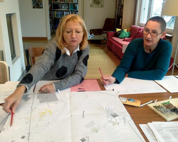 Ruth Mächler und Annette Windlin bei der Arbeit